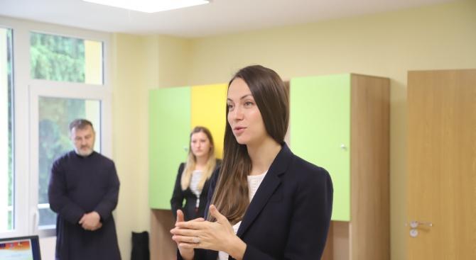 Ева Майдел: Казанлък е пример как в ГЕРБ създаваме условия за младите да останат в България