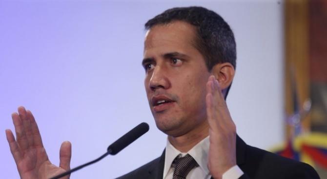 Във венецуелската армия зрее недоволство, твърди Гуайдо