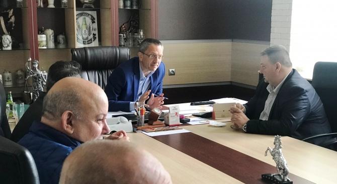 Емил Радев в Лом: Работим за повече европодкрепа за българския бизнес