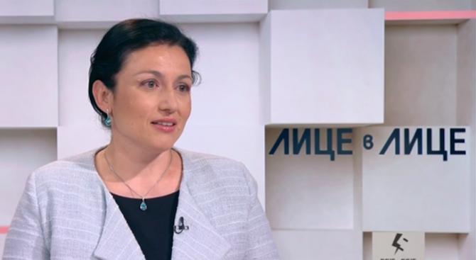 Десислава Танева за къщите за гости: Усещането за корупция е много тежко