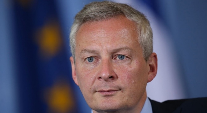 Победа на Льо Пен в евроизборите може да застраши еврото, според френския финансов министър