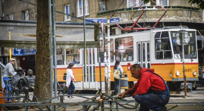 "Трамвай № 10 пламна на пл. ""Славейков"""