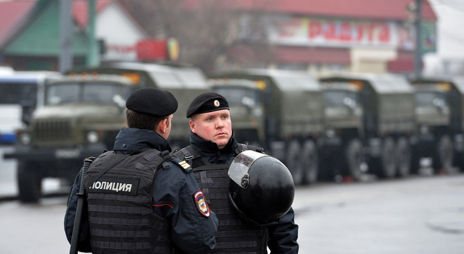 Съратник на Алексей Навални е задържан в Русия