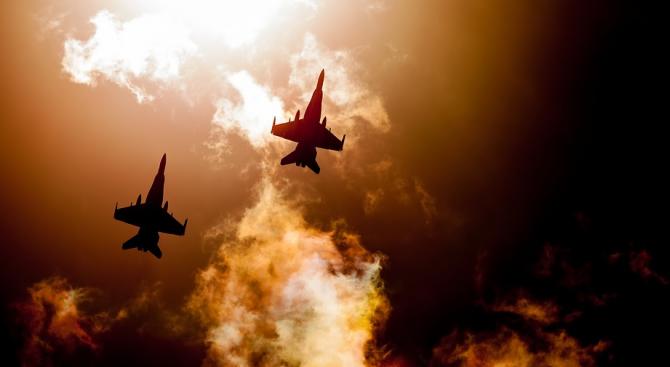 САЩ прехванаха руски военни самолети при навлизане в буферна зона край бреговете на Аляска