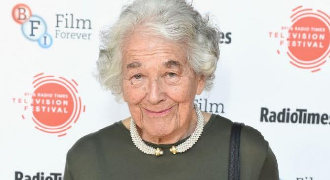 Почина детската писателката и илюстраторка Джудит Кер