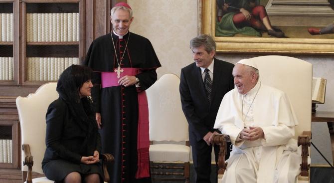 Папа Франциск посрещна делегацията на НС с думите: Пазете мира
