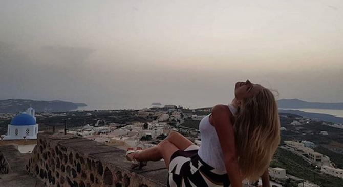 Ева Веселинова крие с кого е в Гърция