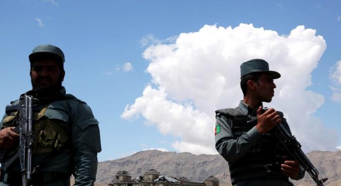 Афганистански военни убиха по погрешка шестима цивилни