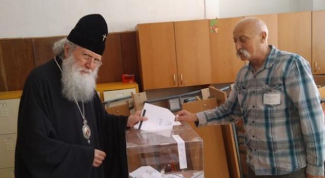Патриарх Неофит гласува