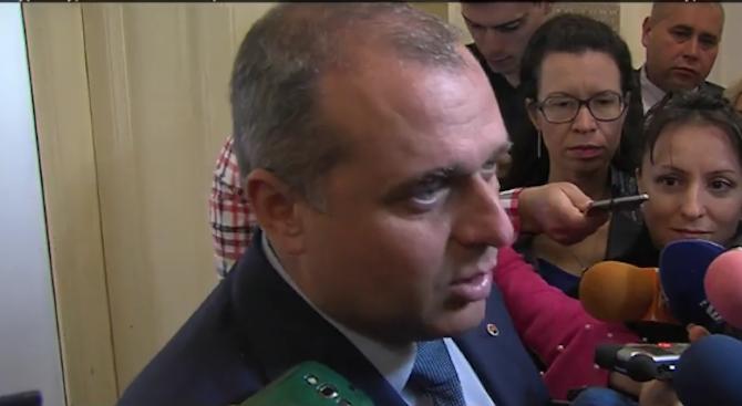 Във ВМРО се чудят партньор или противник им е един от коалицията ОП