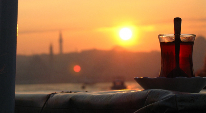 Незапомнени от 70 години майски жеги обхванаха Истанбул