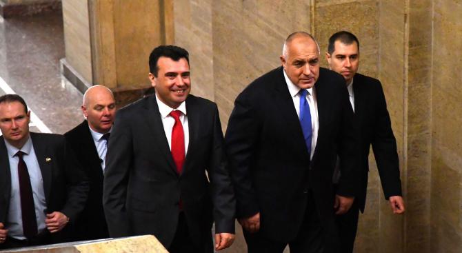 """Борисов поздрави Заев и Рама във """"Фейсбук"""""""