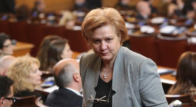 Менда Стоянова: Няма грешка при определянето на размера на партийните субсидии