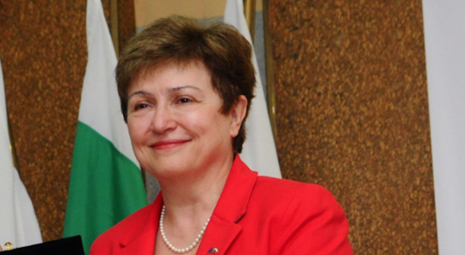 Кристалина Георгиева отрече, че ще става председател на ЕК