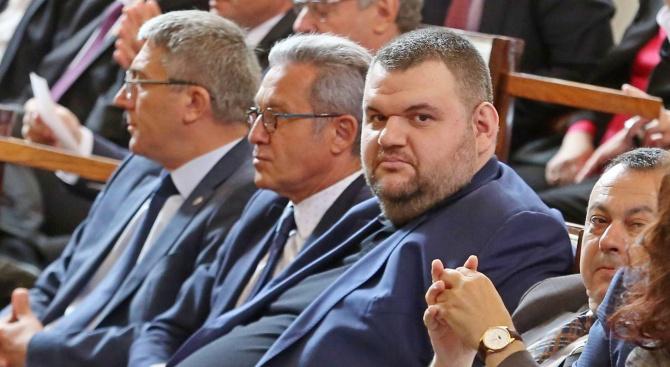ЦИК заличи Карадайъ и Пеевски от списъка на избраните за евродепутати