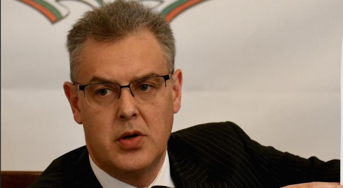 ЦИК: Пеевски и Карадайъ подадоха молби, че не искат да са евродепутати още преди обявяването на мандатите
