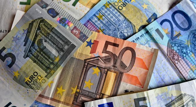 Слаб растеж на гръцката икономика през първото тримесечие на годината
