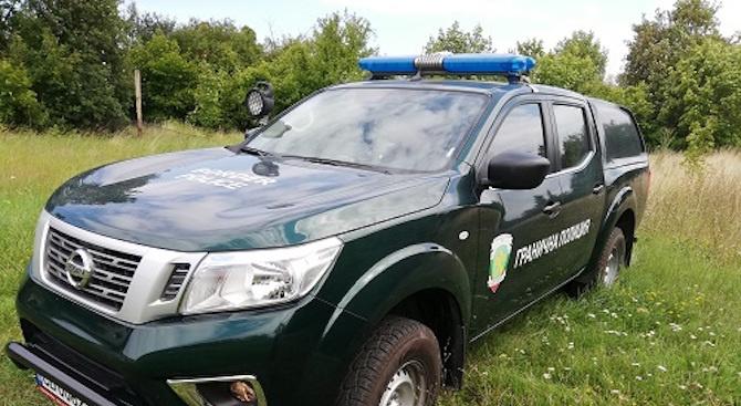 Граничари спипаха незаконни мигранти и каналджии край Каблешково