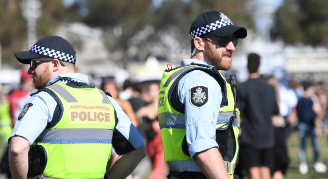 """Престъпник с """"помпа"""" е окървавил австралийския град Дарвин"""