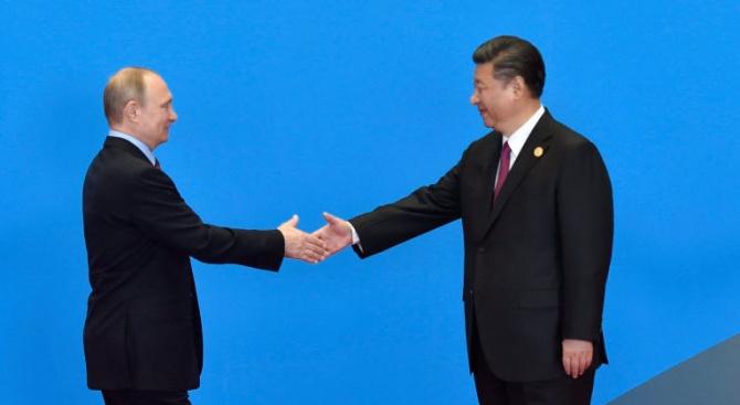 Си Цзинпин е в Русия, за да сложи началото на нова ера на приятелство между Пекин и Москва