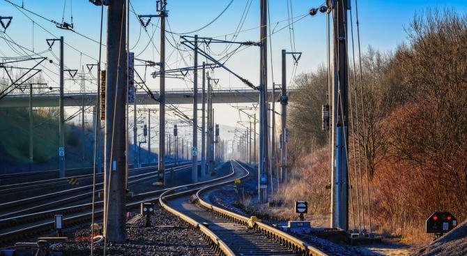 НКЖИ ще отбележи Международния ден за безопасно преминаване през железопътните прелези