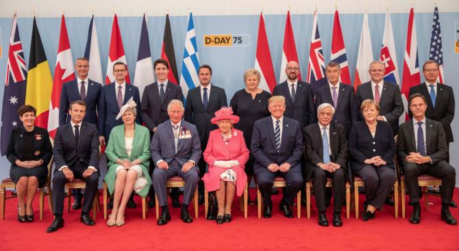 Световни лидери почетоха 75-годишнината от десанта в Нормандия