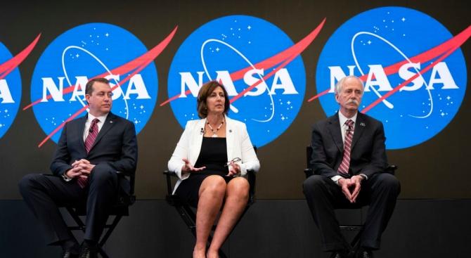НАСА ще разреши частни пътувания до МКС от следващата година