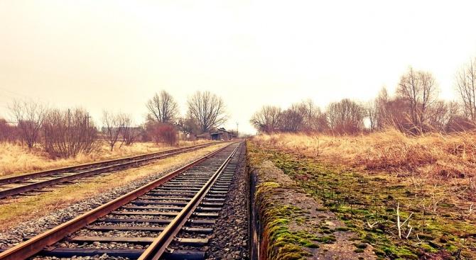 Тревожни данни за катастрофите на железопътни прелези у нас