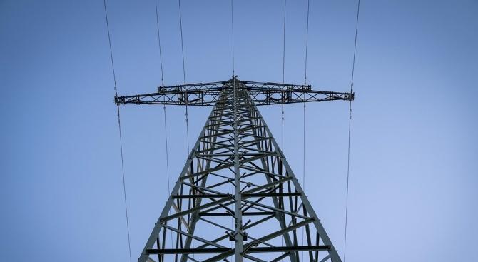 Умишлен палеж на кабелна шахта остави столичния квартал Дружба без ток
