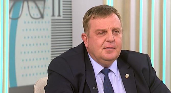 Каракачанов: Оптимист съм над 50% за преговорите със САЩ за новите изтребители
