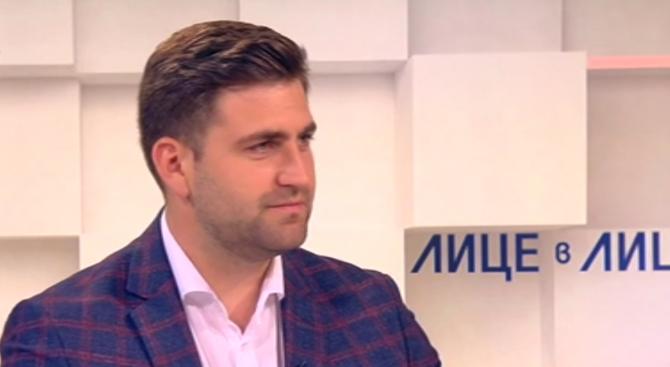 Андрей Новаков: Планът ''Макрон'' е сравним с радиация