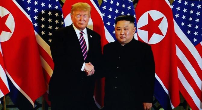Тръмп: Получихпрекрасно писмоот Ким Чен-ун