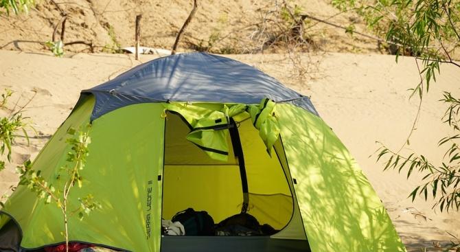 Къмпингуването извън плажовете вече е разрешено със закон