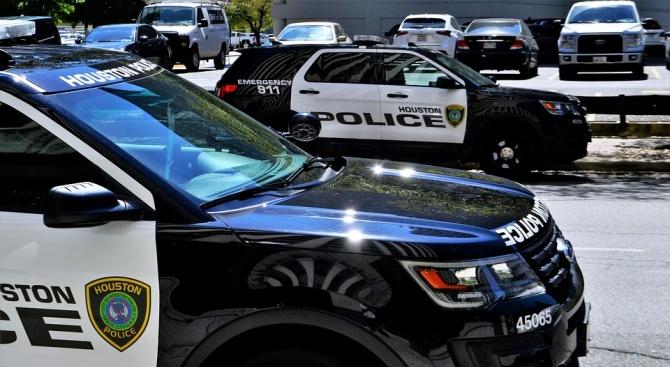 Полицаи са ранени при сблъсъци след убийството на чернокож в Мемфис