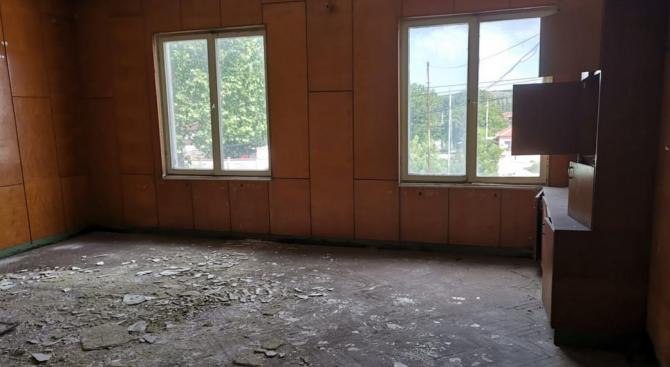 Експерти провериха проектно предложение за преустройство на етаж от съществуваща сграда в къща за гости в гр. Белослав