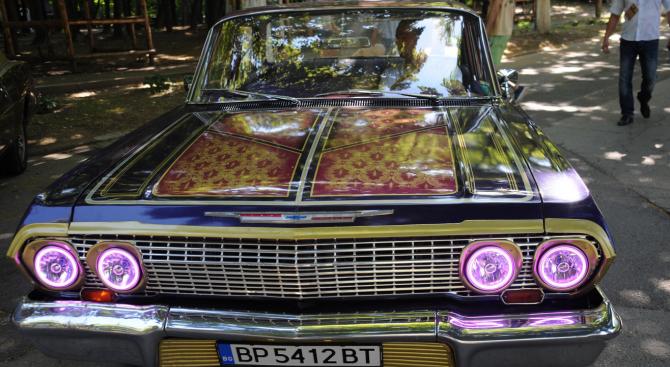 За първи път организираха парад на ретро автомобили в Козлудуй