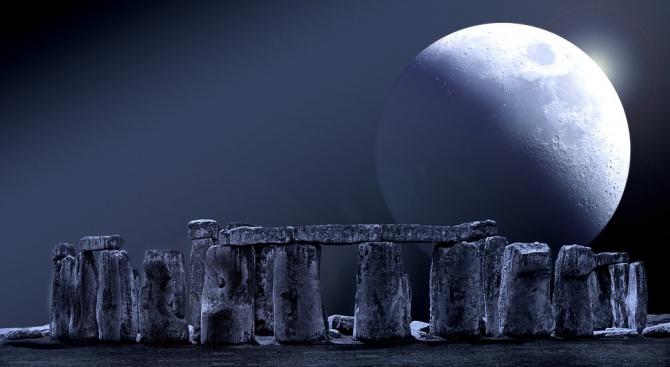 НАСА: Лунните камъни са най-ценният материал на Земята
