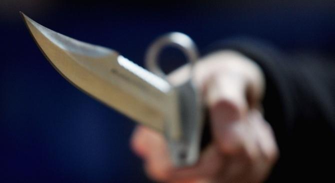 Неизвестен наръга мъж в Крайбрежната алея във Варна и избяга