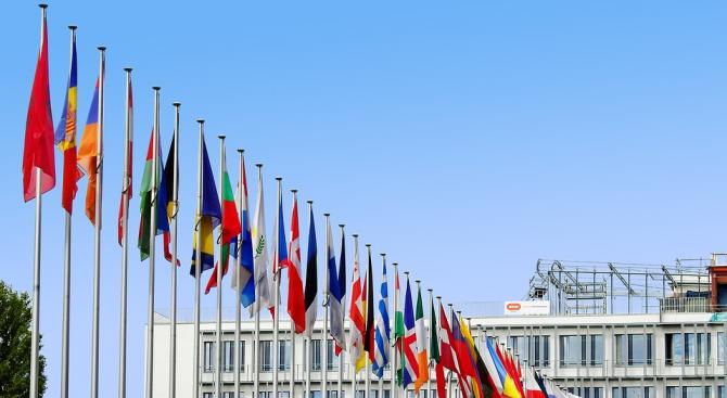 България не е гласувала ''въздържала се'' за започване на преговори за членство на Македония в ЕС