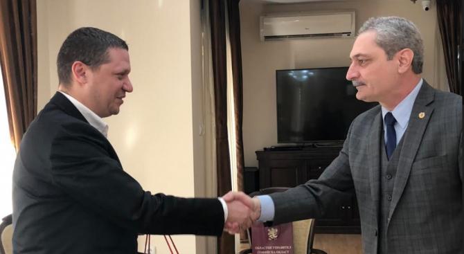 Илиан Тодоров сключва споразумение за сътрудничество с регион Сюник - Армения