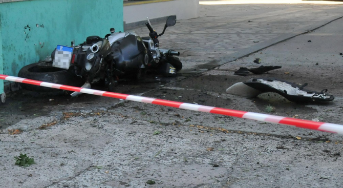 """Мотоциклетист загина при катастрофа на АМ """"Хемус"""""""
