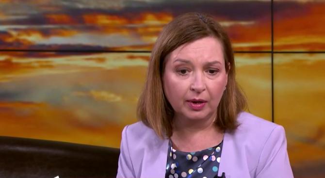 Зорница Русинова: Разходите за пенсия са голяма част от социалната политика