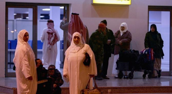 Атака срещу летище в Саудитска Арабия: Един загина