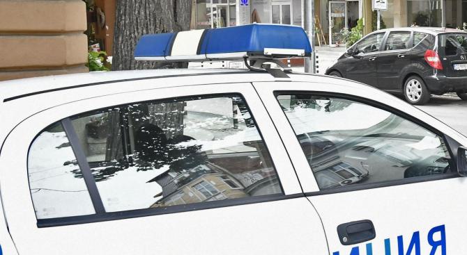 Чужденец наби полицай в столичен квартал