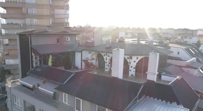 СО отменила акта за събаряне на барбекюто върху терасата на шефа на КПКОНПИ