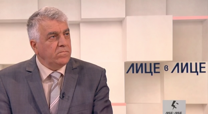 Румен Гечев: ГЕРБ ни пробутват субсидиите заради изтребителите и ЧЕЗ