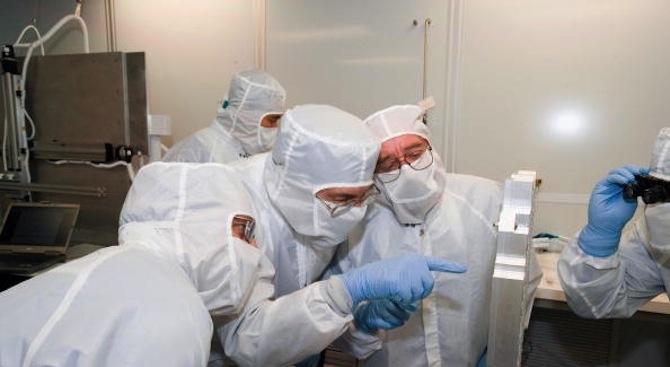 Български микробиолози създадоха тестове, откриващи хранителните инфекции