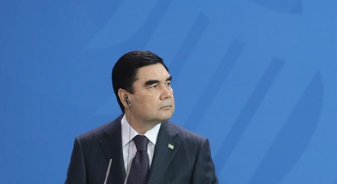 Туркменистанският президент празнува рождения си ден с нова газова рафинерия