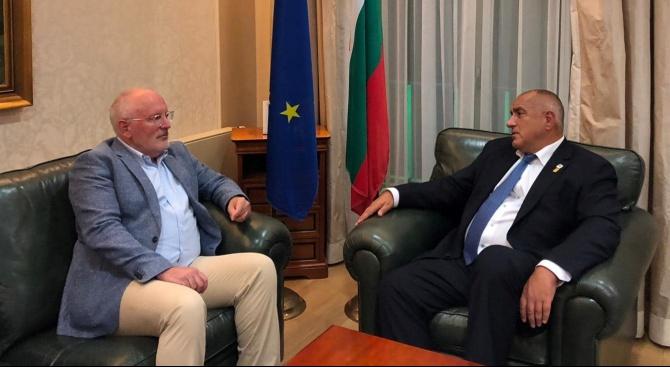 Тимерманс похвали Борисов в борбата срещу корупцията