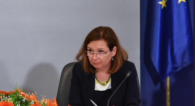 """Зам.-министър Русинова подписва договор със Столична община за предоставяне на """"Патронажна грижа"""""""